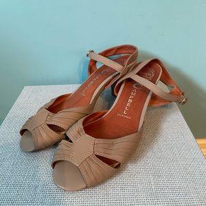 Jeffery Campbell dime kitten heels
